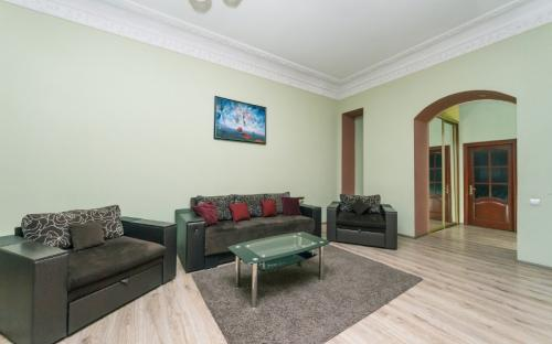 4-bedroom_apartment_vip_kiev223322.jpg