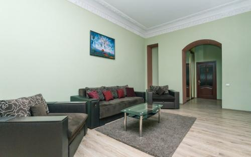 4-bedroom_apartment_vip_kiev22323.jpg