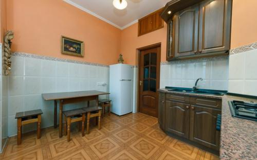 khreshatyk23_apartment_kiev_3.jpg