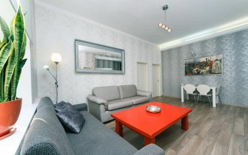 vip-apartment_4-room_kiev_1.jpg