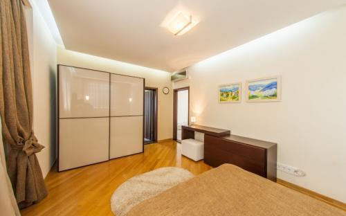 vip-apartment_spalnya_1-3.jpg
